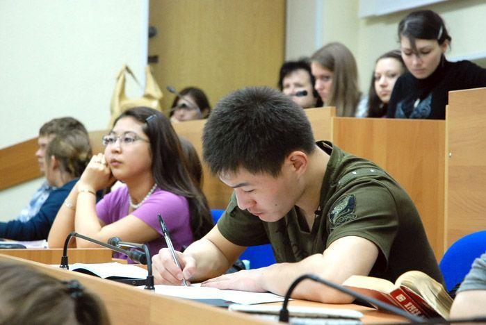 Во ВГУЭС аспирантов ждут большие возможности