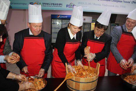 «Кухня провинции Северная Чолла»: презентация корейской культуры во ВГУЭС