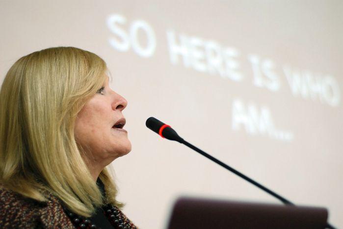 Известный журналист из США Лиа Томпсон провела мастер-класс для студентов ВГУЭС (фото, видео)