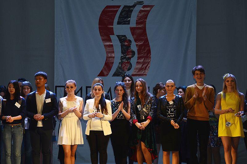 Окрыляющий успех Pacific Style Week: победителей финала «Пигмалиона 2015» – студентов-дизайнеров ВГУЭС пригласили на Римскую неделю моды!