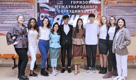Преимущества Института иностранных языков ВГУЭС: студенты становятся победителями олимпиад и отправляются на стажировки по всему миру