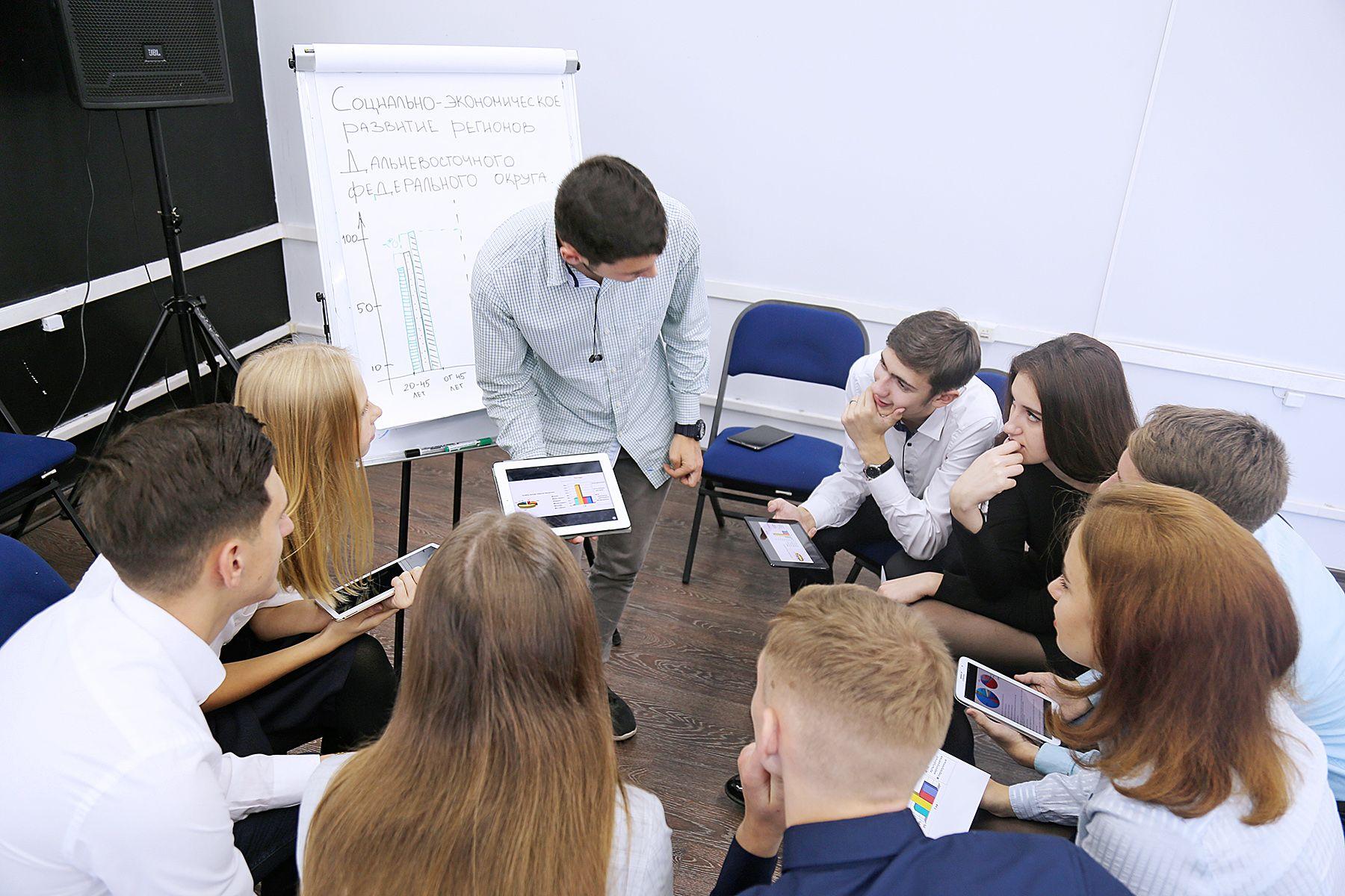 ВГУЭС вошел в ТОП-10 и ТОП-500 лучших образовательных учреждений страны в 2018 году