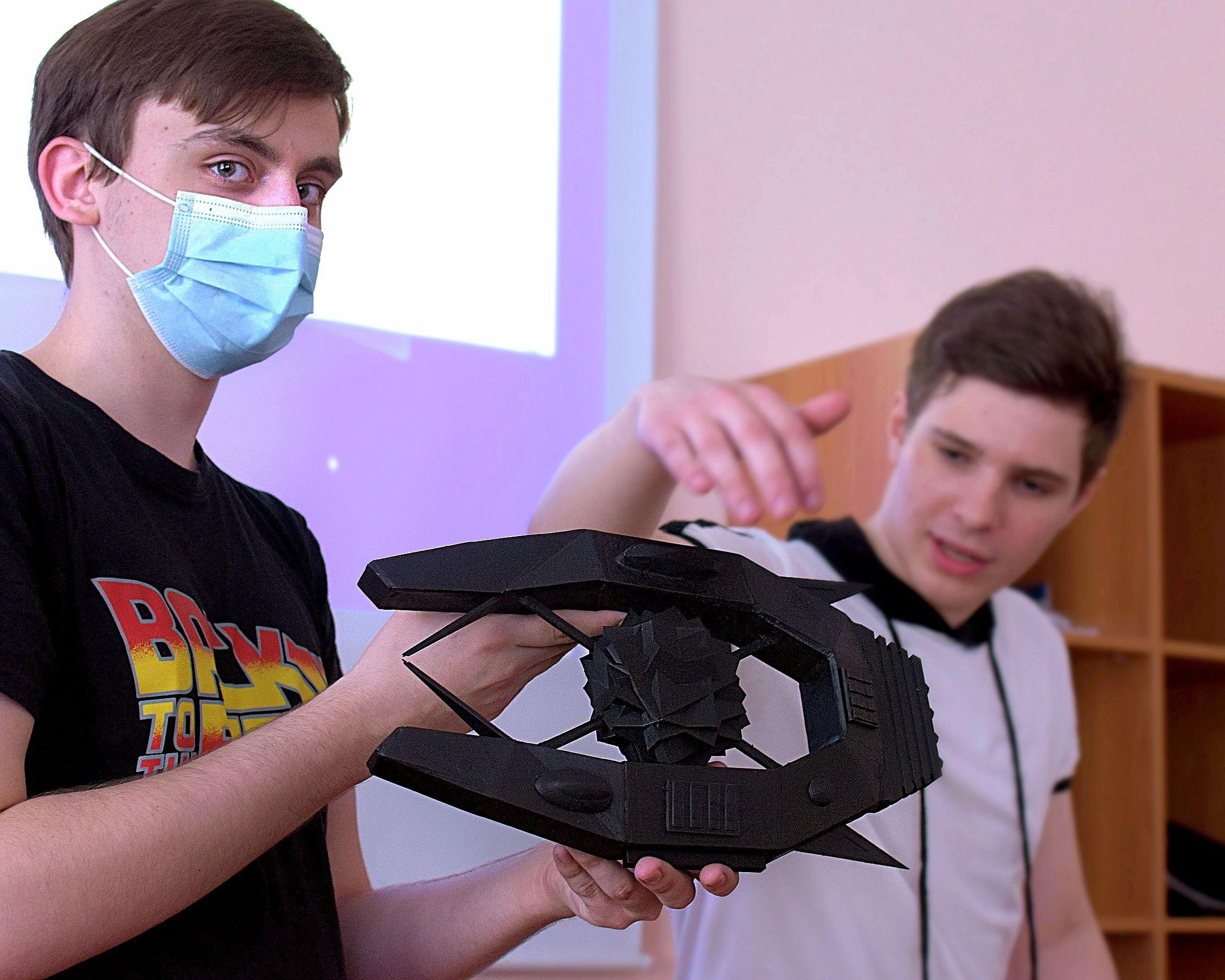 На Кафедре ИТС - первый выпуск студентов дисциплины 3D-инженерная графика и цифровое производство.