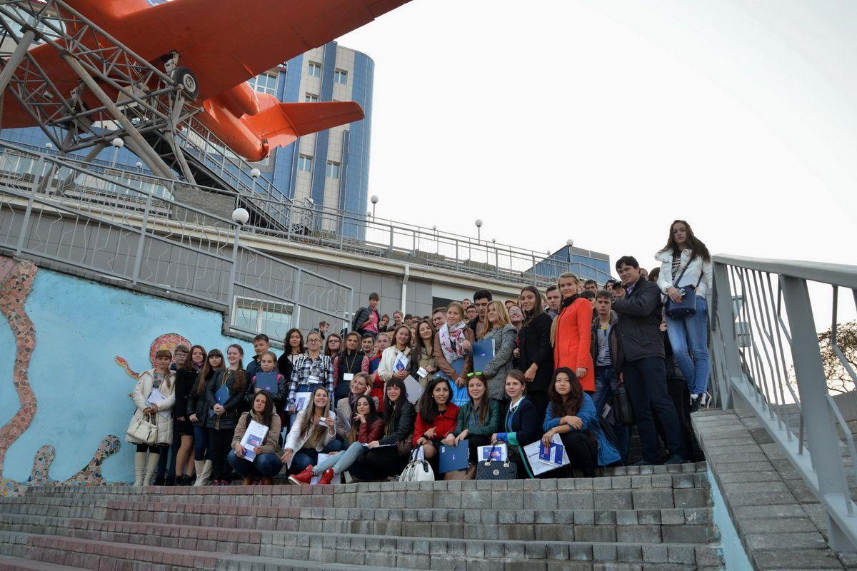 На площадке ВГУЭС открылся первый форум молодежного самоуправления