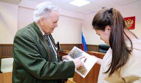 Каждому хотелось сказать: «Я там был», а я мог сказать: «Я это снимал!» – профессор ВГУЭС вспоминает первые минуты Юрия Гагарина после приземления