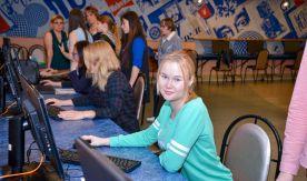 Первая неделя приёмной кампании: 200 выпускников стали абитуриентами ВГУЭС
