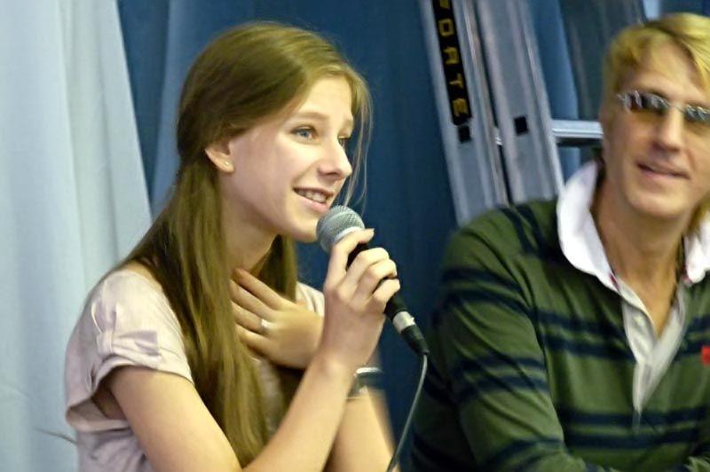 Лиза Арзамасова, самая умная «папина дочка», села за парту ШИОД ВГУЭС