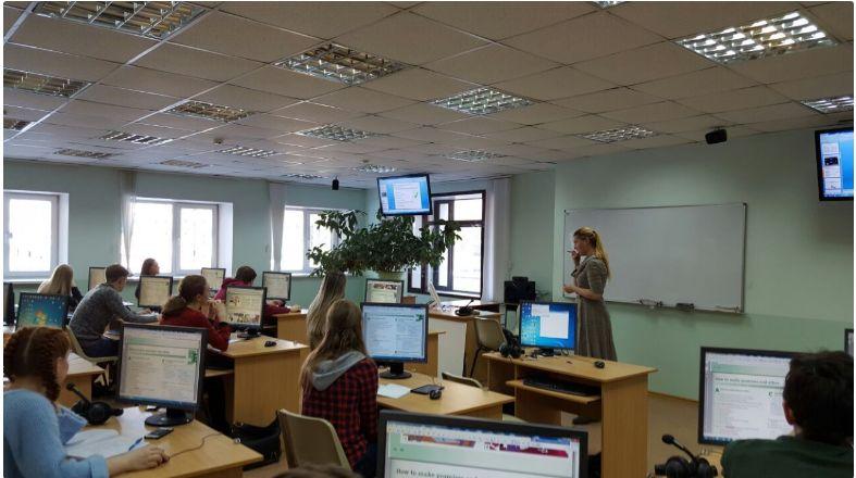 Один из лучших молодых преподавателей России работает в Институте иностранных языков ВГУЭС!